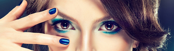make-up-bleu