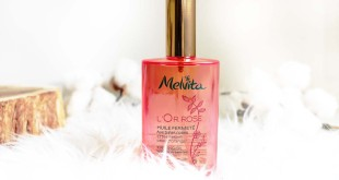 Bye Bye la cellulite avec l'huile fermeté Or Rose de Melvita