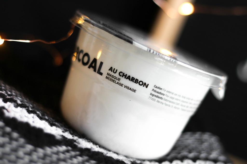 Masque Modelage Visage au Charbon, Lindsay and Co