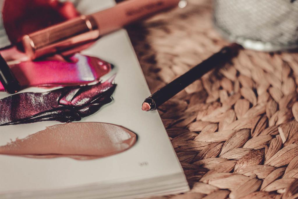 Matte Lip Kit de Makeup Revolution